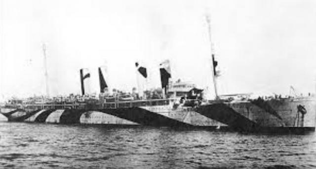 А в августе 1944 года его превратили в транспорт для доставки раненых.