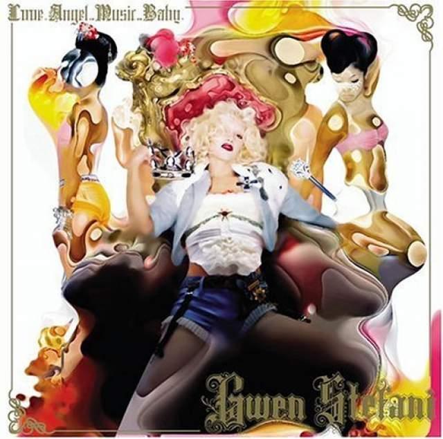 """Дебютный сольный альбом Гвен """"Love. Angel. Music. Baby."""" вышел в 2004 году. Трек Hollaback Girl завоевал две премии """"Грэмми"""" и стал самой загружаемой песней на iTunes в 2005 году."""