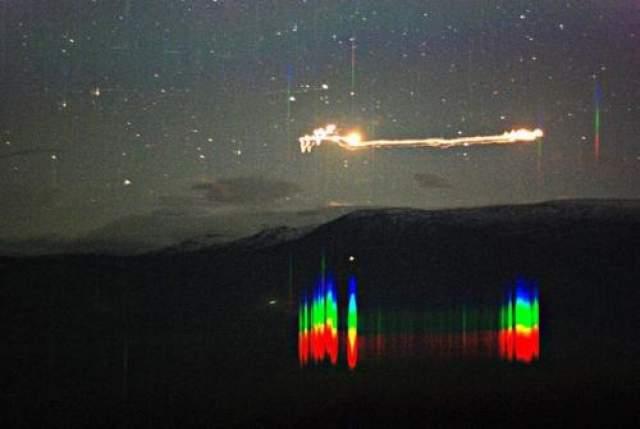 Хессдалленские огни - 20 сентября 2007 В 2007 году группе преподавателей и студентов удалось зафиксировать необъяснимое явление в небе над Норвегией - Хессдалленские огни, которые по свидетельствам очевидцев, появляются с 1940-х годов.