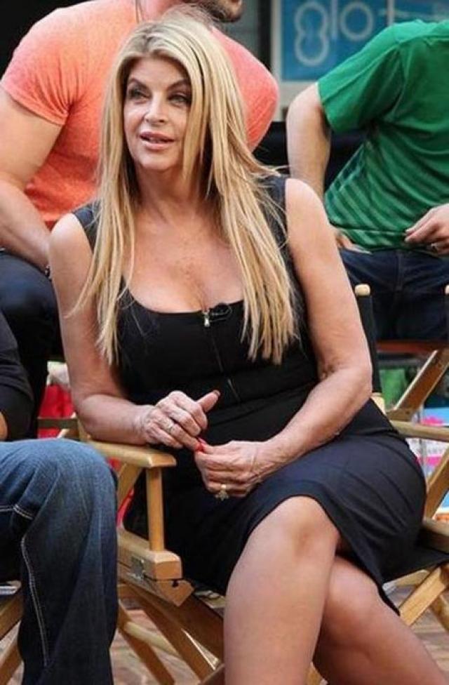 Кирсти Элли. Лишний вес то приходил к актрисе , то вновь уходил.