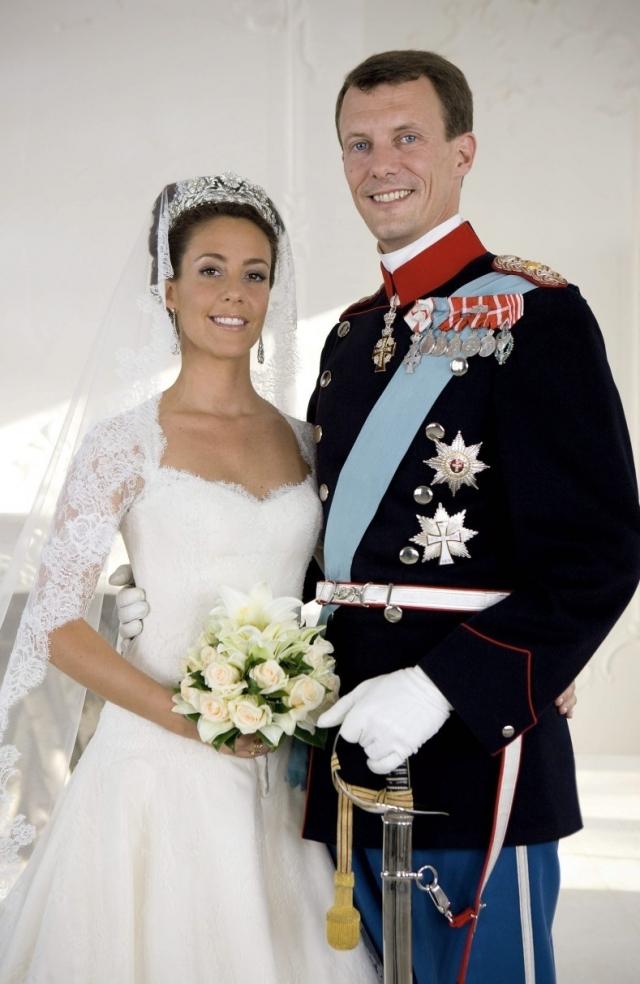 Свадьба датского принца Йоакими и принцессы Мэри состоялась 24 мая 2008 года. Дания от всей души рукоплескала своему любимому 38-летнему принцу Йоакиму и его 32-летней жене Мэри.