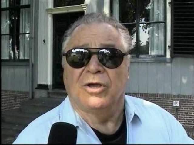 """После этого он создал свое шоу """"Jews Don't Belong on Ladders...An Accidental Comedy"""", в рамках которого было собрано более 75 тыс. долларов, который он вложил в проект помощи тем, кто пострадал от травм спинного мозга: в его рамках инвалидам покупали костыли, инвалидные коляски и разнообразные принадлежности."""