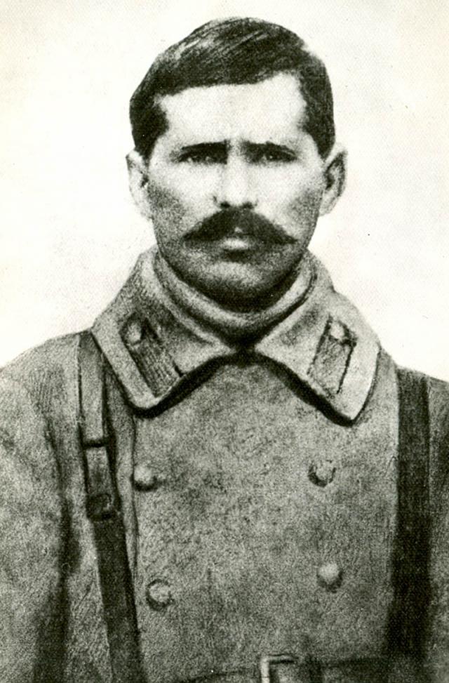 Во время февральской революции был избран командиром 138 пехотного запасного полка. Во время взятия Уфы Чапаев был ранен в голову очередью из авиапулемета. Детали смерти прототипа отличаются от смерти героя в фильме.