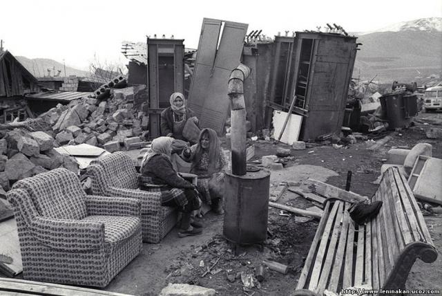 Местное правительство оказалось совершенно несостоятельным и возложило проведение операций по спасению жителей на иностранные неправительственные организации и советское правительство.