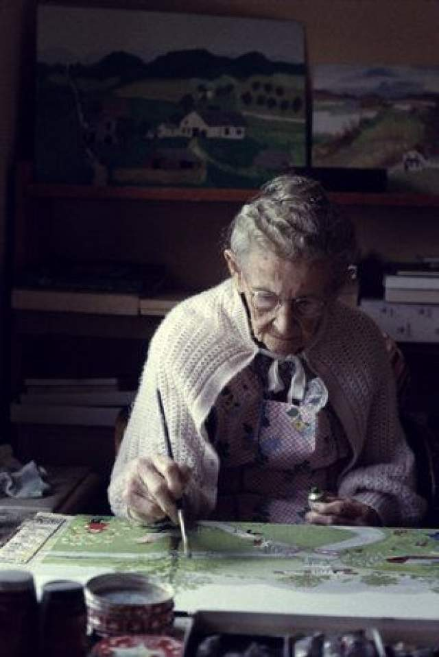 Бабушка Мозес, 1860-1961. Бабушка Мозес открыла себя как художника лишь в 78 лет, и ее картины быстро заслужили признание публики. Сегодня их можно найти в Американских музеях и даже в Белом доме.