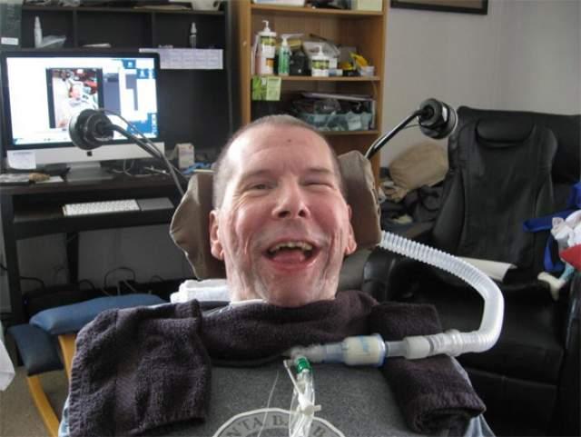 Пять лет врачи пытались продлить жизнь Хэла, однако болезнь все же победила. В 2014 году Финни скончался в возрасте 58 лет.