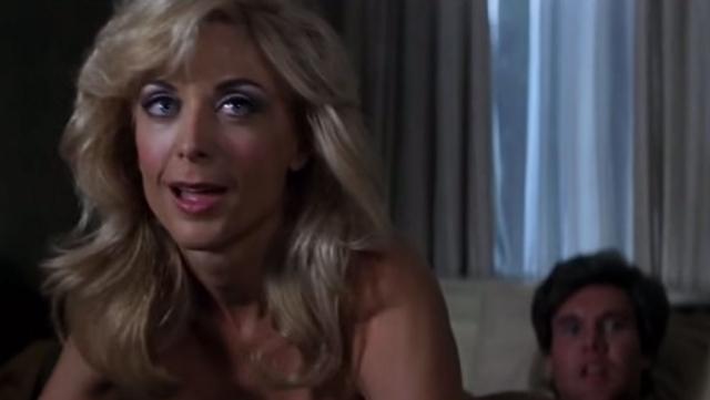 """А в 1997 году Хартли сыграла роль в культовом фильме Пола Томаса Андерсона """"Ночи в стиле буги""""."""