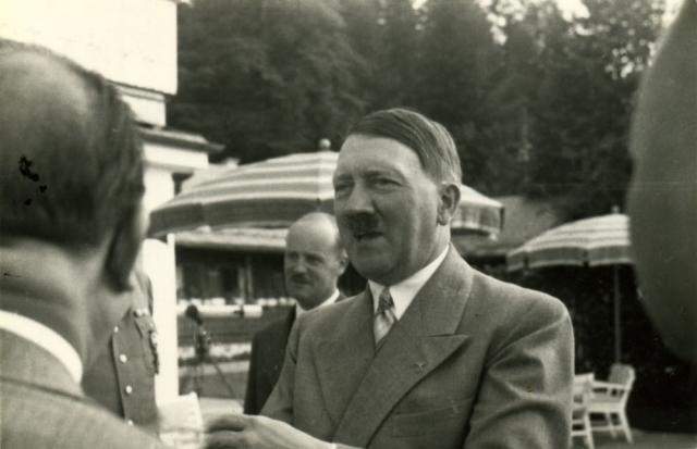 Суд приговорил его к смерти, казнь состоялась 4 июля 1937 года в берлинской тюрьме Плетцензее, где окончилась жизнь многих борцов с гитлеровским режимом.