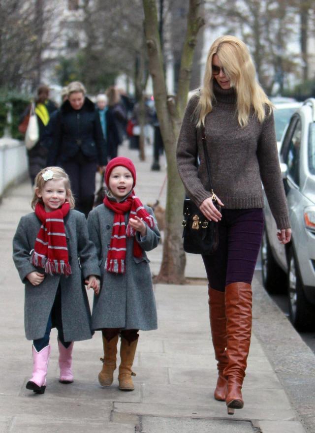 Малыши похожи на маму, поэтому многие прочат им будущее в модной индустрии.
