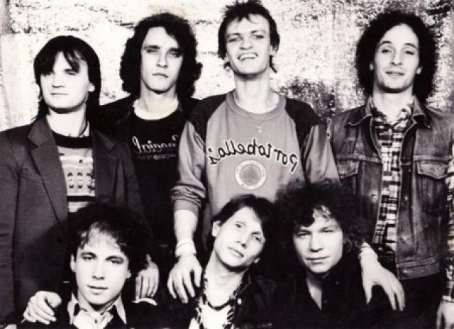 """""""Ария"""" . Днем рождения группы сами музыканты называют 31 октября 1985 года, когда была закончена работа над первым студийным альбомом """"Мания величия"""". Узнаете Валерия Кипелова с """"химией""""?"""