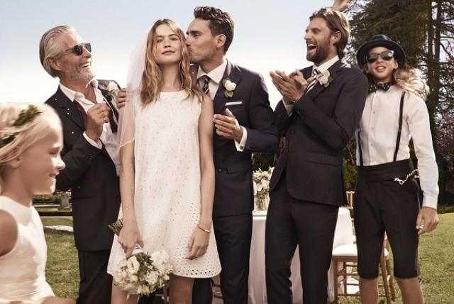 Бехати Принслоу. Модель стала невестой лидера Maroon 5 Адама Левина в 2013 году, а в 2014 пара поженилась.