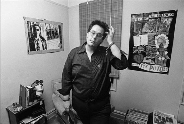 """Фил Стронгман в книге """"Pretty Vacant: A History of Punk"""" утверждает, что убийцей Нэнси был, скорее всего, Рокетс Редглер, наркодилер, вышибала, актер и позже эстрадный комик. Он, как было достоверно установлено, находился в ту ночь рядом с Нэнси, которой принес 40 капсул гидроморфона."""