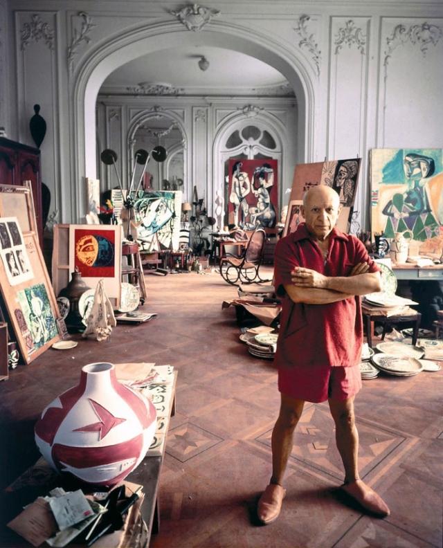 """Однажды Пикассо сказал: """"Никто никогда не разглядывал картины Матисса пристальней, чем я"""". Именно женщины на работах Матисса вдохновили Пикассо на написание этого шедевра."""