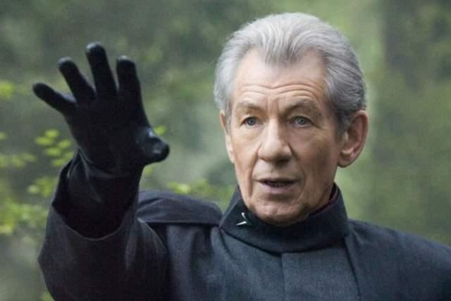 """Иэн Маккеллен. Британский актер признался в своей ориентации в прямом эфире """"Би-би-си"""" в 1988 году. Но сыгравший злодей Магнето из трилогии """"Люди Х"""" и Гэндальфа из """"Властелина колец"""" и """"Хоббита"""" покорил сердца обоих полов."""