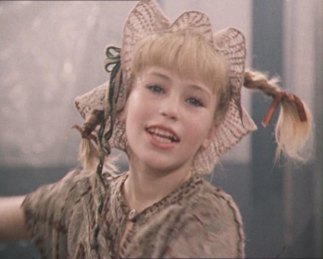 """Светлана Ступак, Пеппи Длинныйчулок. После звездной роли юная актриса снялась еще в двух фильмах """"Я за тебя отвечаю"""" (1984) и """"Право любить"""" (1985)."""