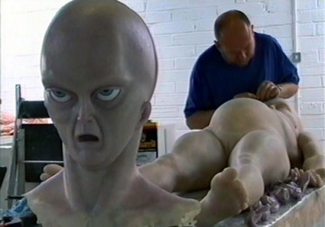 Скульптор признался в давней подделке только после того, как прошло 10 лет. То есть, миновал срок давности для возможного обвинения в мошенничестве.