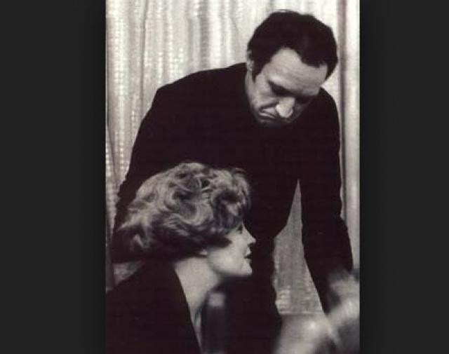 """Кстати, со своим следующим мужем, актером Борисом Химичевым, она познакомилась на пробах к фильму """"Еще раз про любовь"""", сценарий к которому писал Радзинский."""