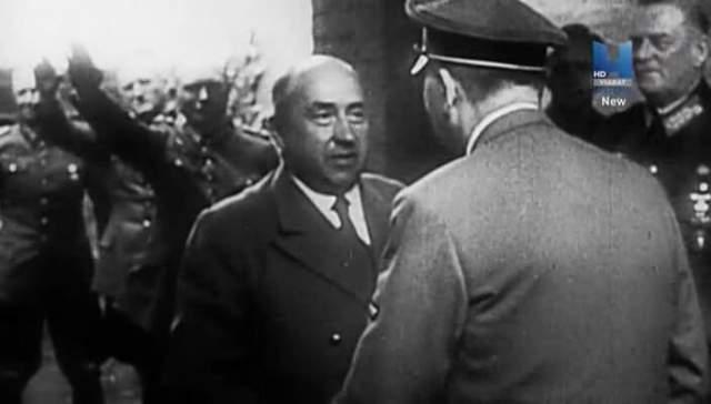 Бонус: исчезновение поезда с золотом Гитлера. В конце января 1945 года глава Министерства финансов Германии Вальтер Функ выдал распоряжение перевезти часть золотого запаса рейха в Швейцарию, Оберзальцберг. Из Берлина выехал поезд номер 277, в 24 вагонах которого находились золотые слитки из хранилищ Дойче Рейхсбанка. Однако вскоре командование узнало, что поезд этот буквально... растворился.