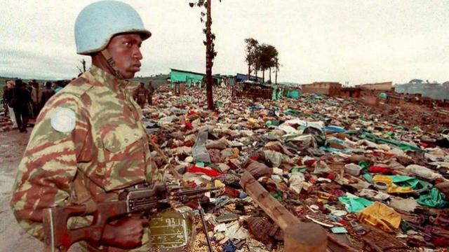 13 мая - Генеральный секретарь ООН Бутрос Бутрос-Гали говорит о двух миллионах перемещенных лиц и о гуманитарной катастрофе в регионе, а также о необходимости воссоздать миссию ООН для помощи Руанде.