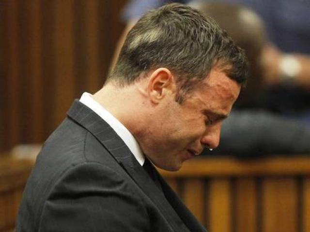 Зал судебных заседаний Писториус в очередной раз покинул со слезами на глазах.
