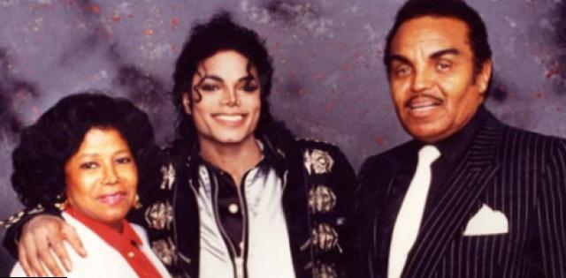 Родители Майкла Джексона. Поп-король появился на свет в семье Джозефа и Кэтрин Джексон и был восьмым из десяти детей. Джексон утверждал, что отец неоднократно унижал его морально и физически, но при этом он уважал строгую дисциплину отца, которая сыграла большую роль в его успехе.