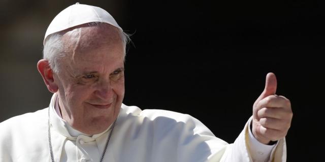 Папа Франциск. Любопытно, но Папа Римский формально также является монархом, поскольку в Ватикане официальная форма власти - монархия.