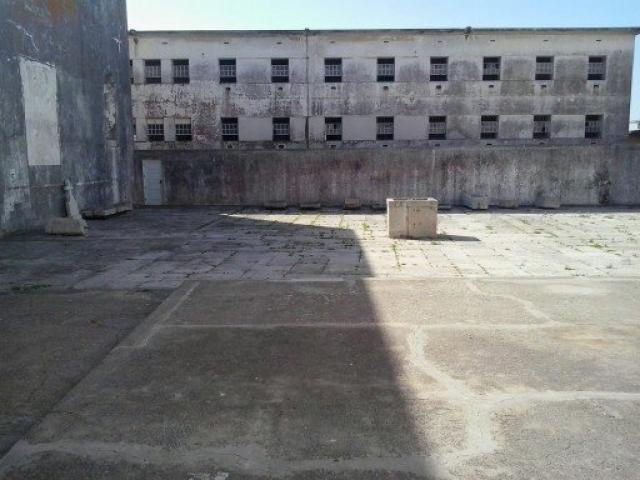 28 июня 1996 года в тюремном блоке № 4 заключенные захватили тюремного охранника.