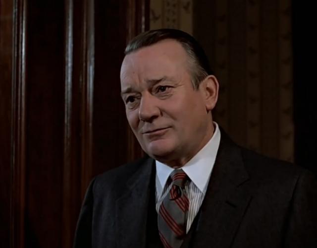 В октябре 1992 года Эллиотт Денхолм скончался от туберкулёза, осложнённого СПИДом, в своём доме на Ивисе, Испания.