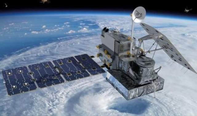 """Спутники связи В """"Космической одиссее 2001 года"""" (1951 года) американский писатель-фантаст Артур Кларк предсказал появление на орбите Земли искусственных спутников связи. Ждать пришлось недолго - уже в 1965 году был запущен первый такой спутник."""