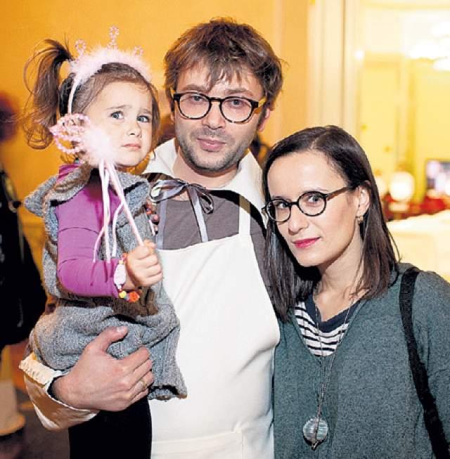 У него растет дочь София от первого брака с Анастасией Миляевой.