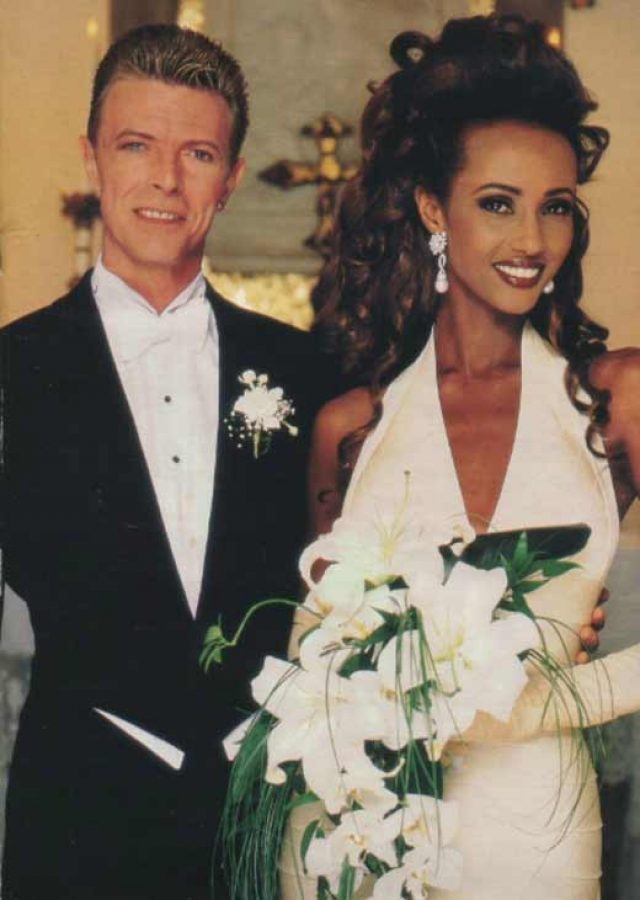 Иман. Восхитительная супермодель стала супругой Дэвида Боуи в 1992 году и оставалась его супругой вплоть до смерти музыканта.