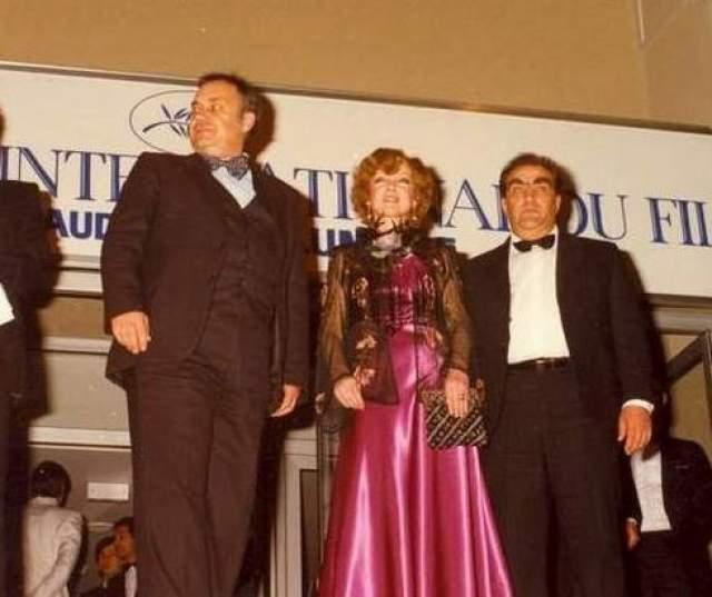 """Людмила Гурченко в Каннах с фильмом """"Вокзал для двоих"""" в 1983 году."""