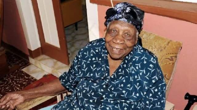 Вайолет Браун, 10 марта 1900 - 15 сентября 2017, прожила 117 лет, 189 дней. Женщина родилась в ямайском приходе Трелони. В одном из интервью она рассказала, что не ест свинину и курятину, а также не употребляет ром.