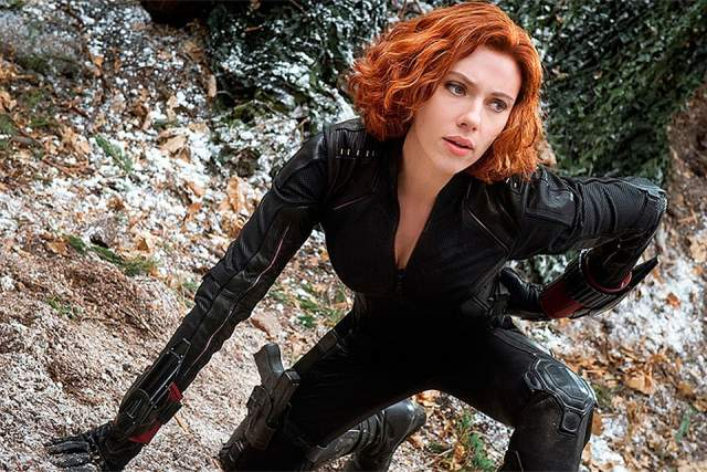 Супершпионка получила несколько ярких сольных эпизодов, где продемонстрировала себя с разных сторон - у нее и прошлое ест драматическое, и настоящее с захватывающими трюками и драками, и в будущем непременно все будет хорошо.