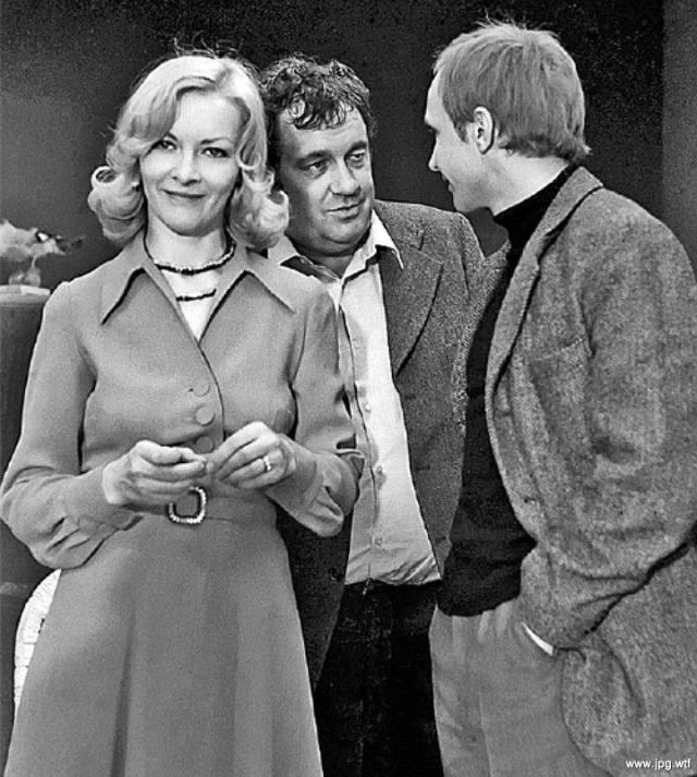 По воспоминаниям Брыльской, это был первый случай, когда на съемки ее пригласил сам режиссер - как правило, такие мэтры поручают переговоры с актерами своим ассистентам.
