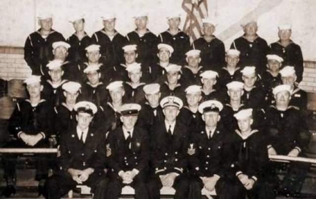 От экипажа в 181 человек остался только 21 вменяемый матрос, остальные сошли с ума, либо вросли в переборки и элементы конструкции корабля (27 человек), либо умерли от радиации, ожогов и поражения током (13 человек).