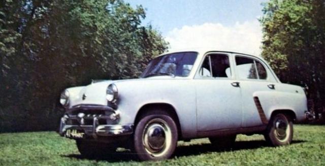 Легковой автомобиль МОСКВИЧ-402 (1956-1958) развивал максимальную скорость в 105 км/ч и обладал мощностью в 35 л.с.