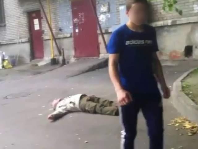 """А вот подростки в Санкт-Петербурге ради """"лайков"""" в соцсети избивали людей на камеру ."""