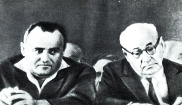 """Туполева освободили в июле 1941 года. Он создал и возглавил одну из главных """"шарашек"""" того времени – ЦКБ-29 в Москве. Полностью реабилитирован Андрей Туполев был 9 апреля 1955 года."""