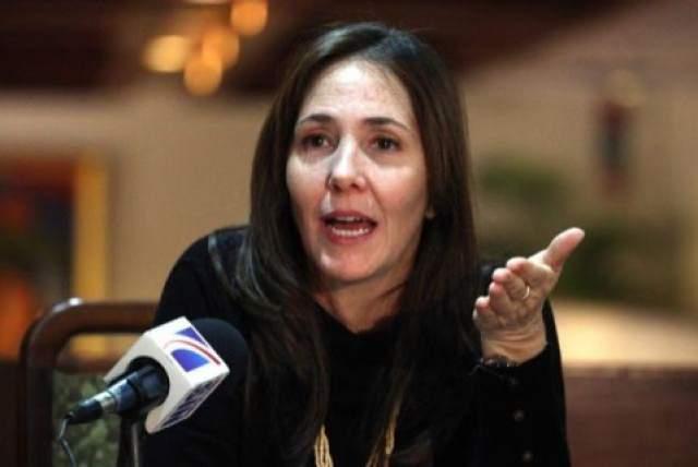Мариэла возглавляет Национальный центр сексуального воспитания Cenesex, а с 2008 года под ее влиянием операция по изменению пола на Кубе стала проводиться бесплатно.