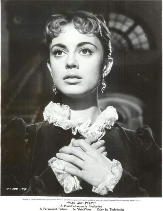 Анна-Мария Ферреро Итальянская актриса, снимавшаяся в кино в 50-60-е годы, ее настоящая фамилия - Гуэрро.