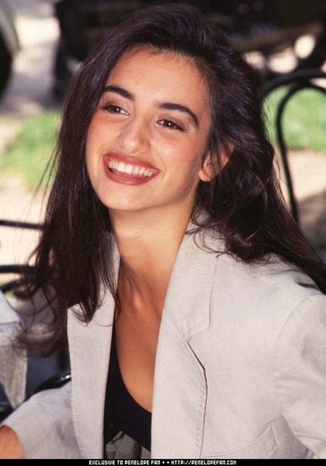 Попав в Америку, Пенелопа начала искать актерские агентства, которые бы ею заинтересовались. После чреды неудач, 15-летнюю девушку наконец заметили.
