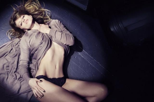 В рекламе нижнего белья Маша снялась вместе с Дэвидом Бекхэмом.