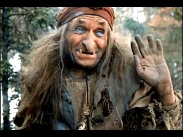 А во внешности сказочной Бабы-Яги явственно проглядывают черты пожилой колоритной гречанки с большим носом, которую Милляр когда-то повстречал в Ялте и запомнил.