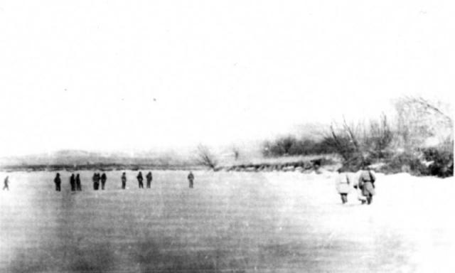 По пограничникам был открыт огонь из стрелкового оружия. Стрельников и следовавшие за ним пограничники (7 человек) погибли, тела пограничников были сильно изуродованы китайскими военнослужащим.