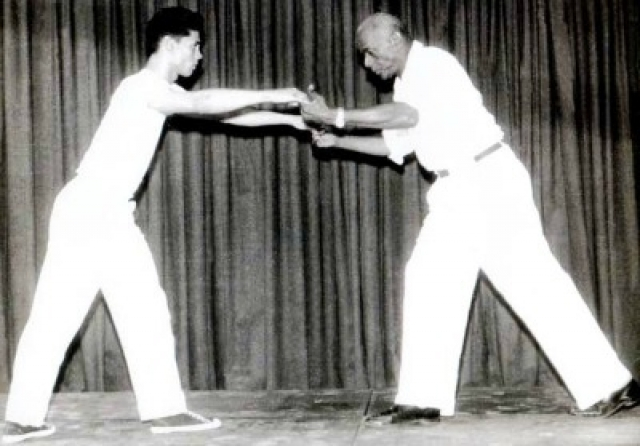 Местре Бимба стал известен как один из легендарных создателей современной школы капоэйры.