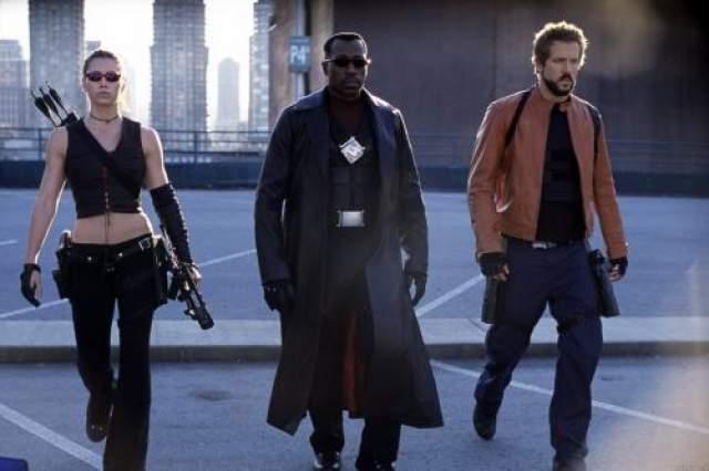 Блейд 3: Троица (2004) / Blade: Trinity Режиссер : Дэвид С. Гойер В ролях : Уэсли Снайпс, Крис Кристофферсон, Доминик Пересел, Джессика Бил, Райан Рейнолдс.