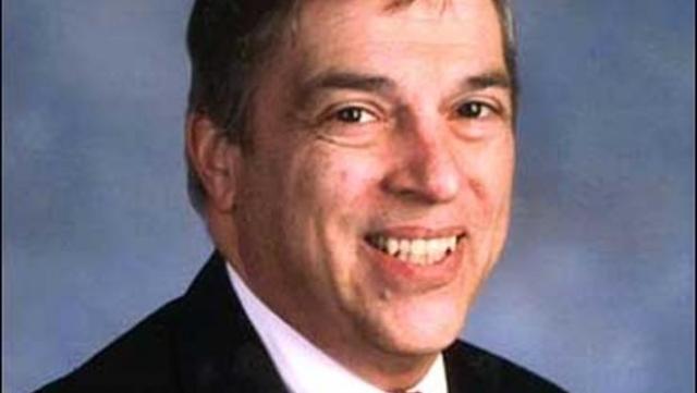 Ханссен был сотрудником советской и российской разведки с 1979 года до своего ареста в 2001 году.