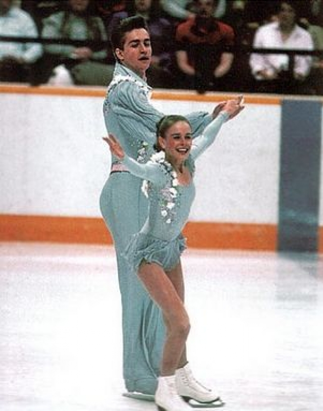 Сергей Гриньков. 20 ноября 1995 года, во время на тренировки на льду американского Лейк-Плэсида двукратному олимпийскому чемпиону и чемпиону мира в парном катании стало плохо, и он потерял сознание.