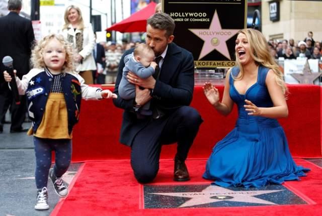В октябре 2016 года Блейк Лайвли родила второго ребенка. В этот раз звезда молча надела на красную дорожку Каннского кинофестиваля платье, которое подчеркивало животик. Имя второй дочки они назвали лишь спустя месяц после ее появления на свет.